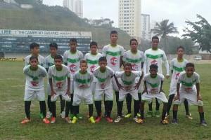 Equipe Sub 14 da Escola de Futebol Viver e Aprender. Foto: Divulgação.